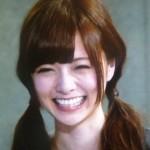 白石麻衣さんの前歯や歯並びの画像(ほくろ)