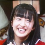 田島芽瑠さんの前歯の画像
