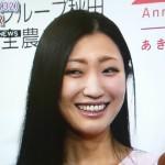 壇蜜さんの前歯の画像(Vの字前歯・差し歯)