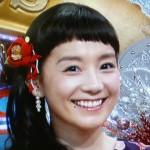 篠原ともえさんの前歯や歯並び(八重歯解消・ほくろ)