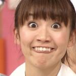大島優子さんの前歯の画像(歯列矯正中)