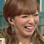 辻希美さんの前歯の写真(被せ物・差し歯の変遷)