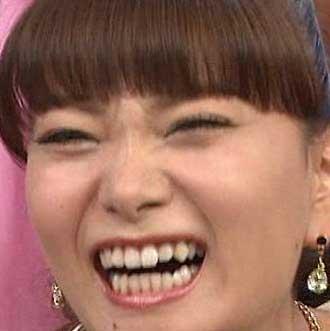 保田圭 笑顔