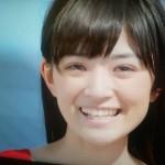 優希美青さんの前歯の画像(天然歯)