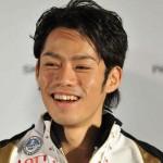 高橋大輔選手の前歯や歯並びの画像(歯が1本少ない)