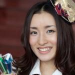 AKB48の梅田彩佳さんの前歯の画像