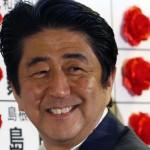 安倍晋三首相の前歯や歯並びの評論(変色した歯)
