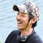 宮藤官九郎さんの前歯の画像(八重歯)