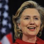 ヒラリー・クリントンの前歯の画像