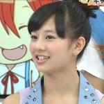 伊藤萌々香さんの前歯の画像(ホワイトスポット)
