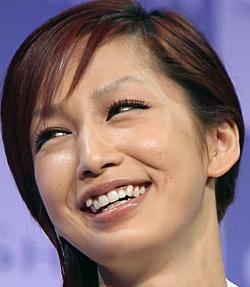 中島美嘉 笑顔