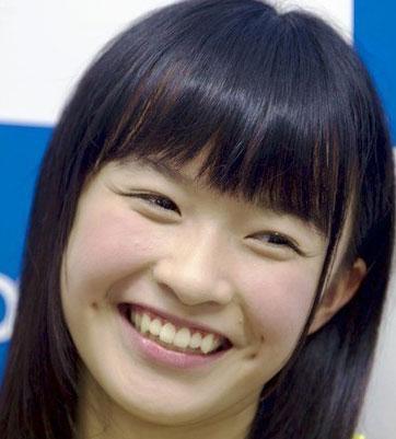 百川晴香 笑顔 えくぼ
