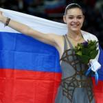アデリナ・ソトニコワ選手の前歯の画像