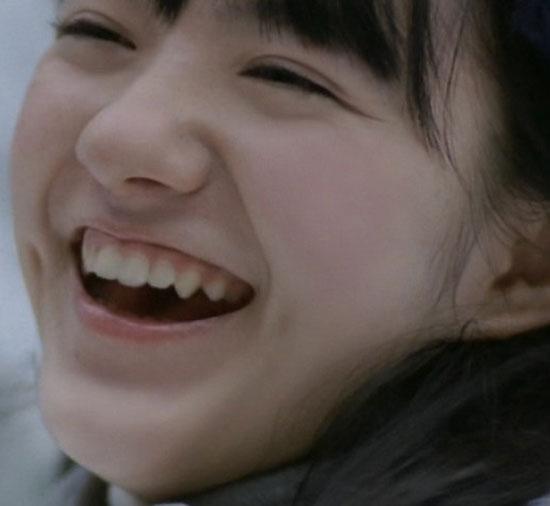小島藤子 CMでの笑顔