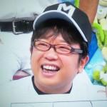 天野ひろゆきさんの前歯を画像(差し歯)