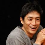 伊勢谷友介さんの前歯の写真