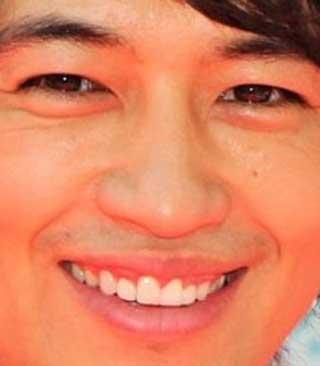 斎藤工 前歯の写真