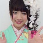 志田友美さんの前歯の画像(ビーバー歯)