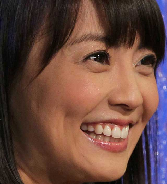 小林麻耶アナウンサー 笑顔
