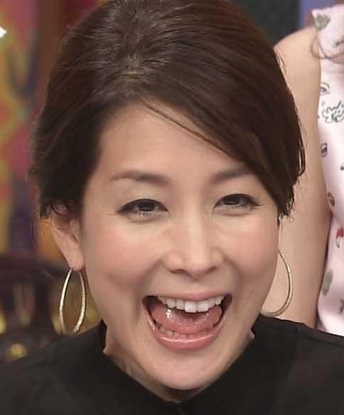 ニコニコした笑顔がかわいい内田恭子