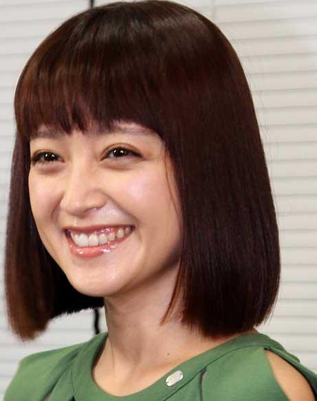 安達祐実 笑顔