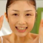 小倉優子さんの前歯や歯並び(歯列矯正)