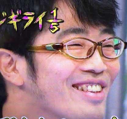 鈴木拓 笑顔