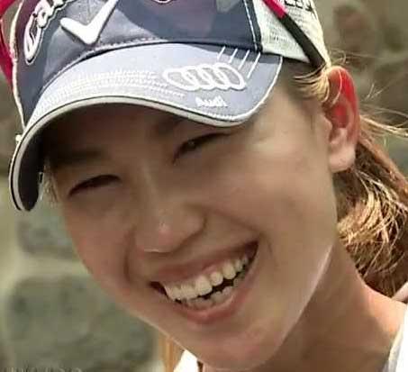 上田桃子 笑顔