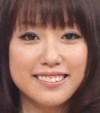 福原香織 25歳 前歯