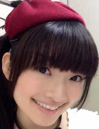 吉田仁美 笑顔