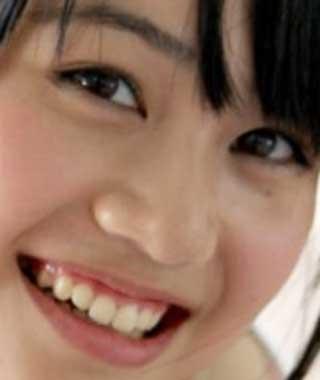 伊藤美来 前歯の写真