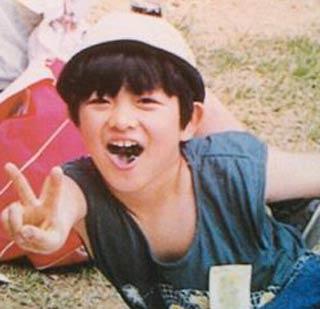 下野紘 子供時代の写真