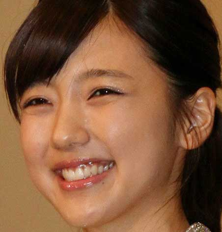 真野恵里菜 笑顔