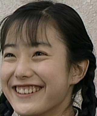 菅野美穂 デビュー当時 15歳時の写真