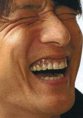 桜井和寿 前歯の写真
