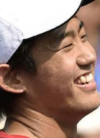 西岡良仁 八重歯