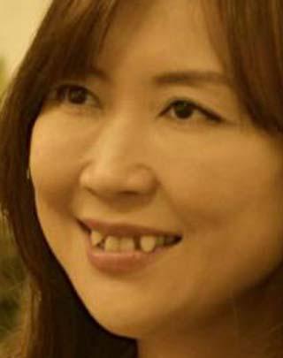宗万真弓 前歯の写真