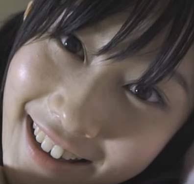 矢倉楓子 すきっ歯