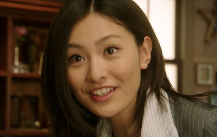 高山侑子さんの前歯や歯並び - ...