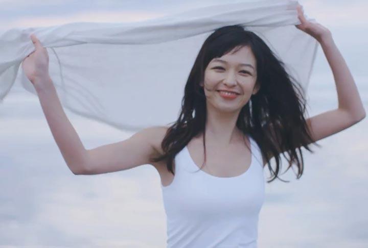 森絵梨佳 ユニクロ
