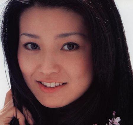 仁科亜季子 若いころの写真