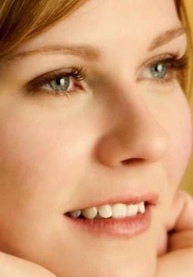 Kirsten Caroline Dunst teeth
