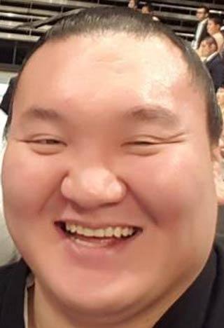 白鵬 笑顔