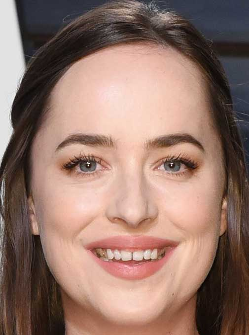Dakota Johnson Teeth